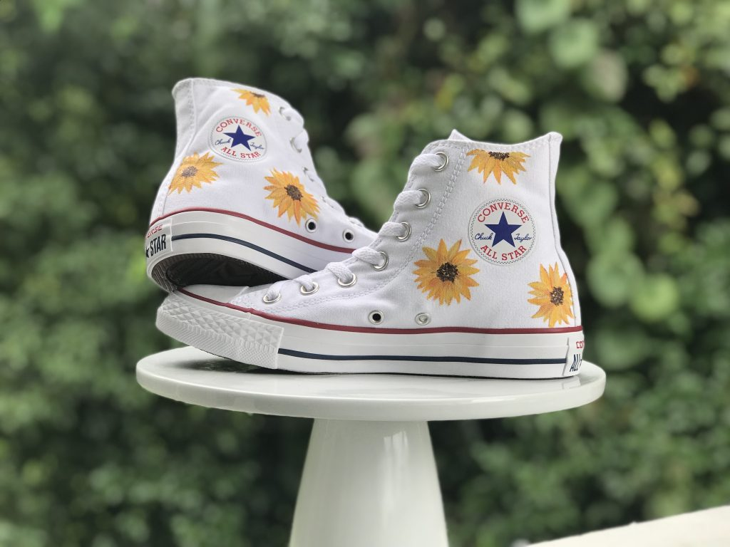 How To Paint Shoes In 5 Easy Steps Diy Painted Sunflower Converse